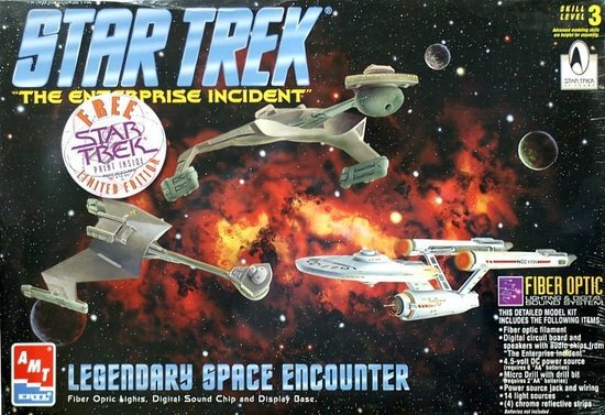 AMT_Model_kit_8254_Legendary_Space_Encounter_1996.jpg